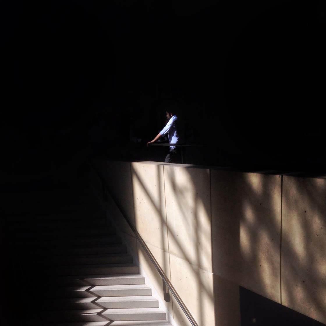 Shadow iPhone Photos 18 no script
