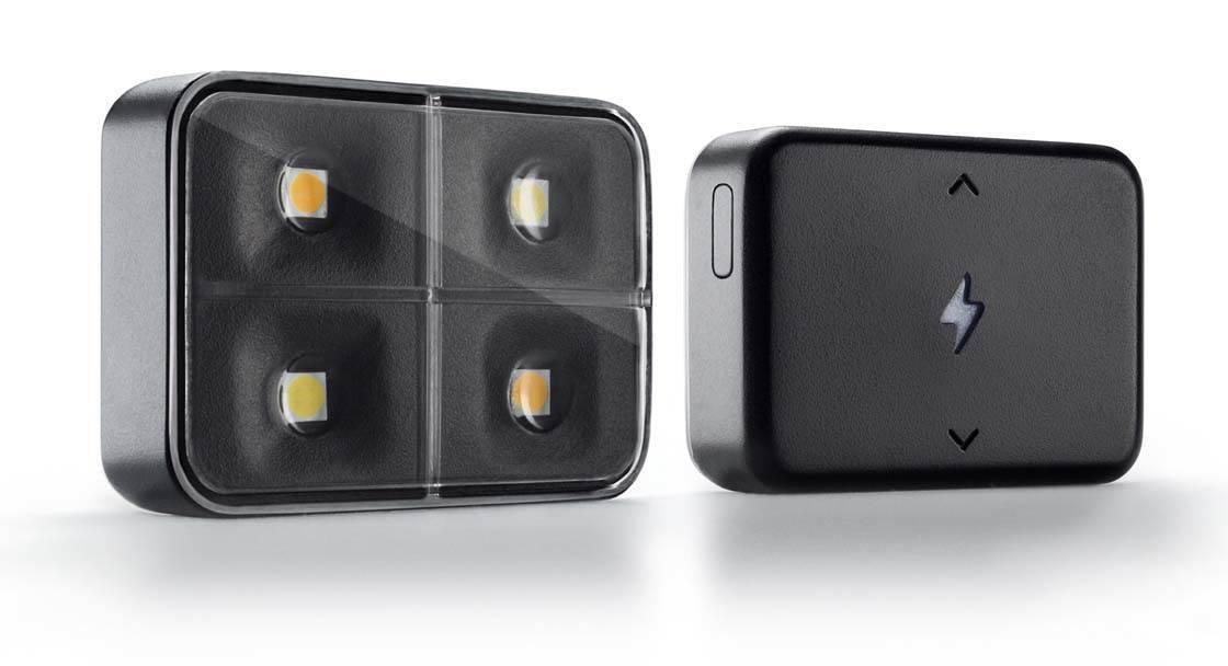 iBlazr iPhone Camera Flash 1