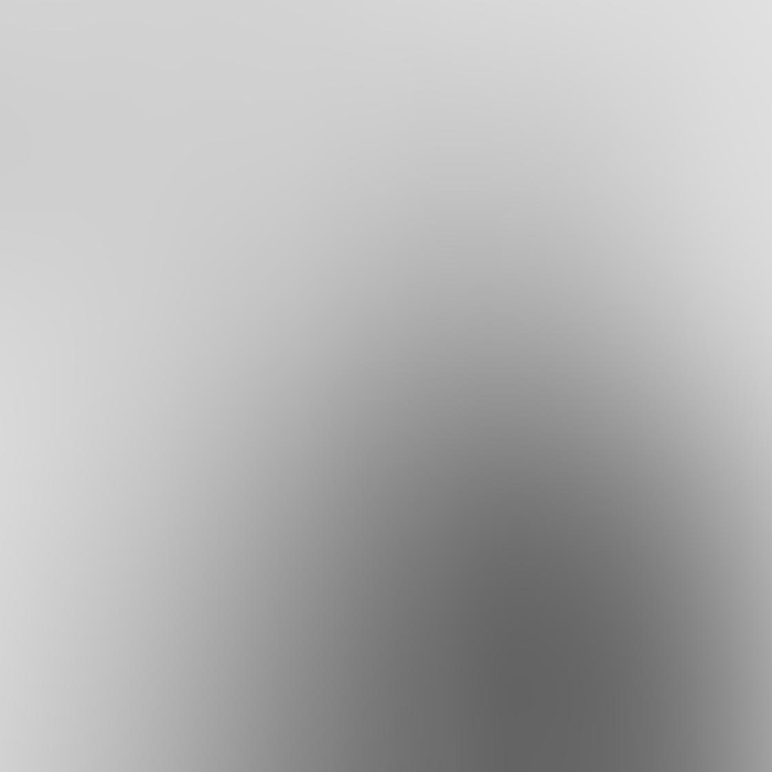 iPhone Photos Portrait Backgrounds 40