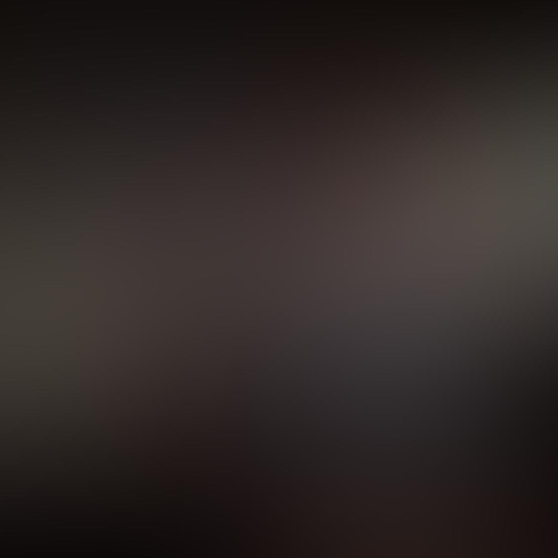 iPhone Photos Portrait Backgrounds 9