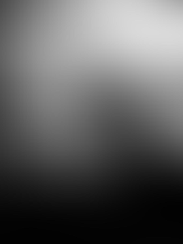 iPhone Photo Black White 2