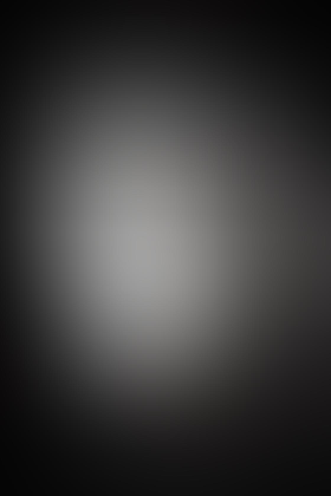 iPhone Photo Black White 9