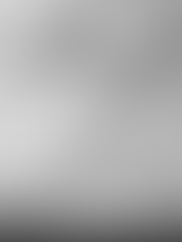 iPhone Photo Black White 16