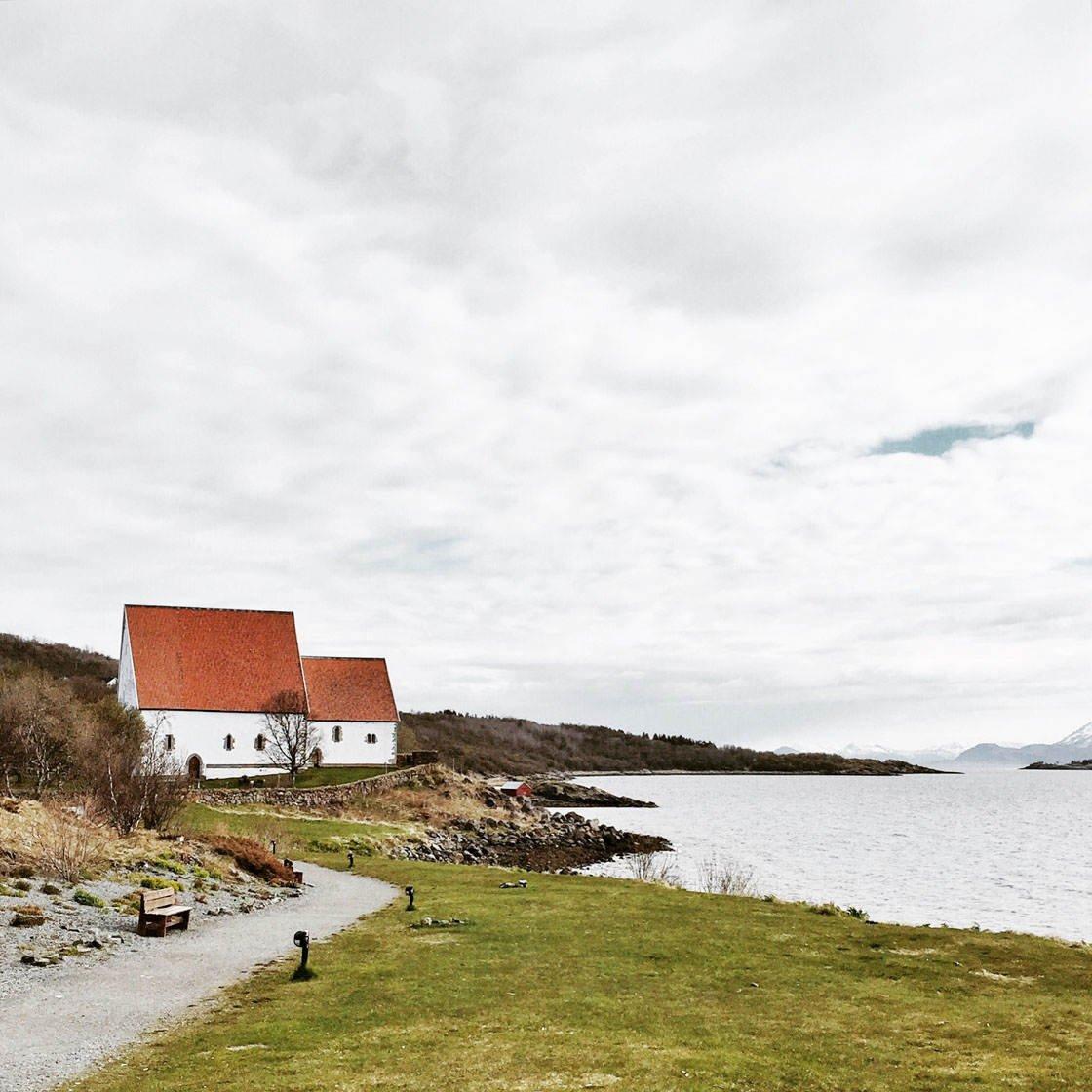 iPhone Landscape Photos With Buildings 15 no script