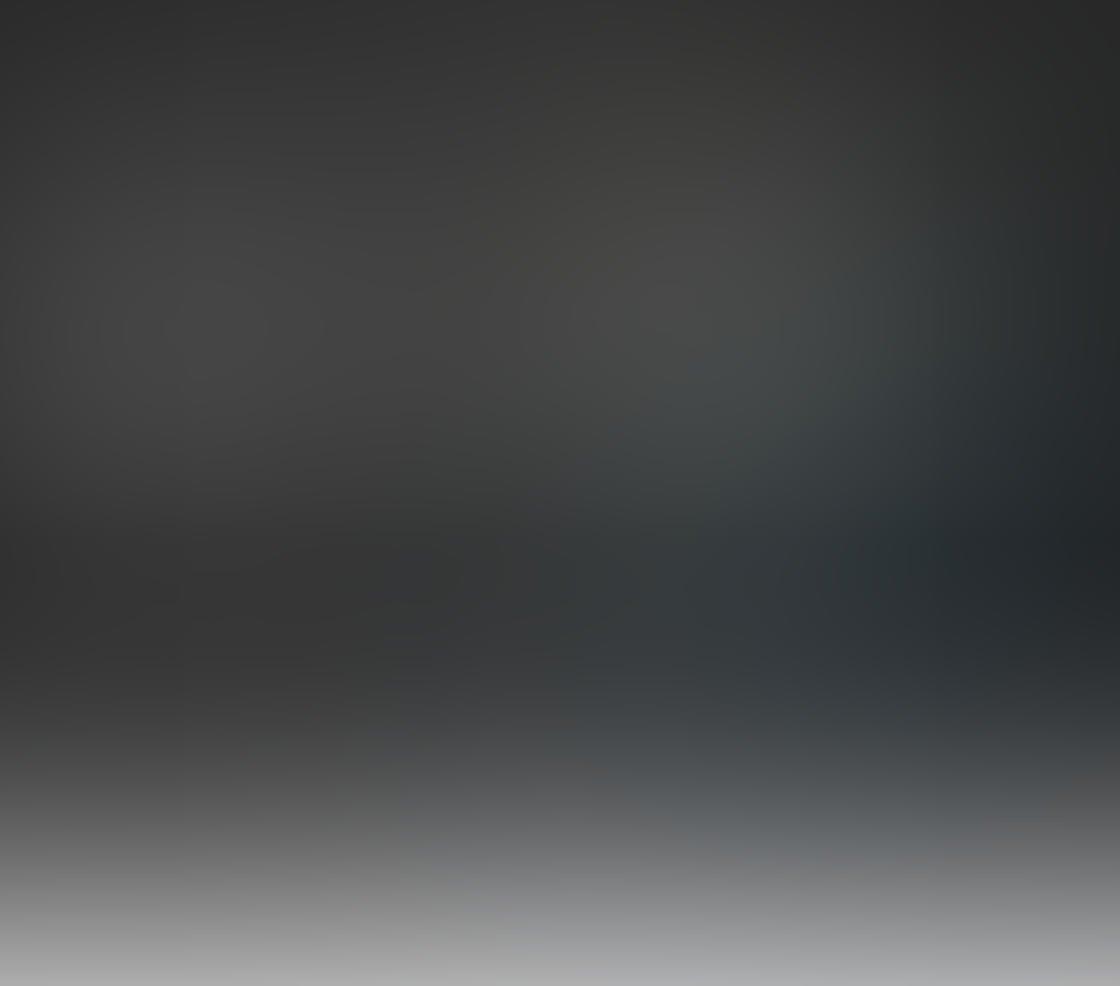 Black & White iPhone Portrait Photos 20
