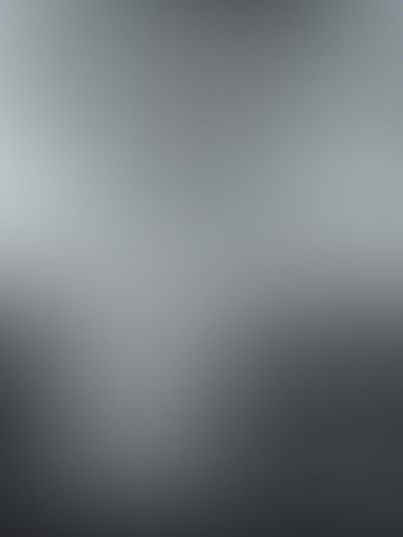 Black & White iPhone Portrait Photos 3