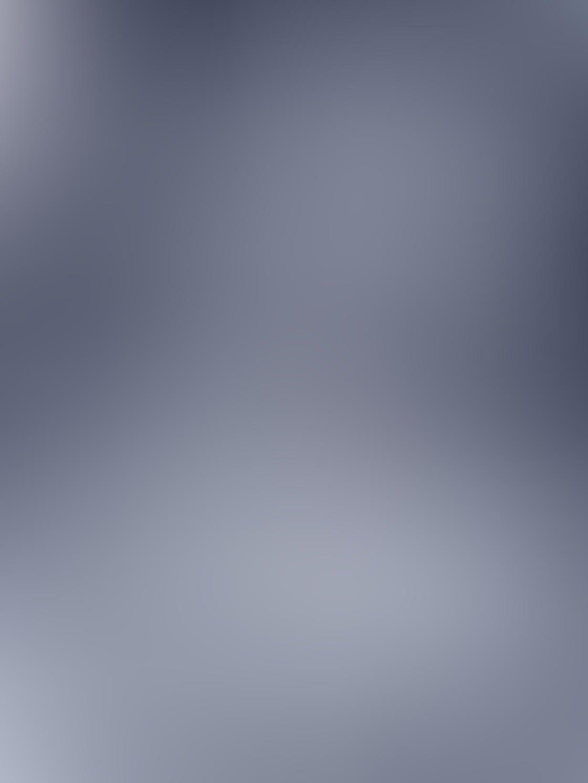 Black & White iPhone Portrait Photos 12