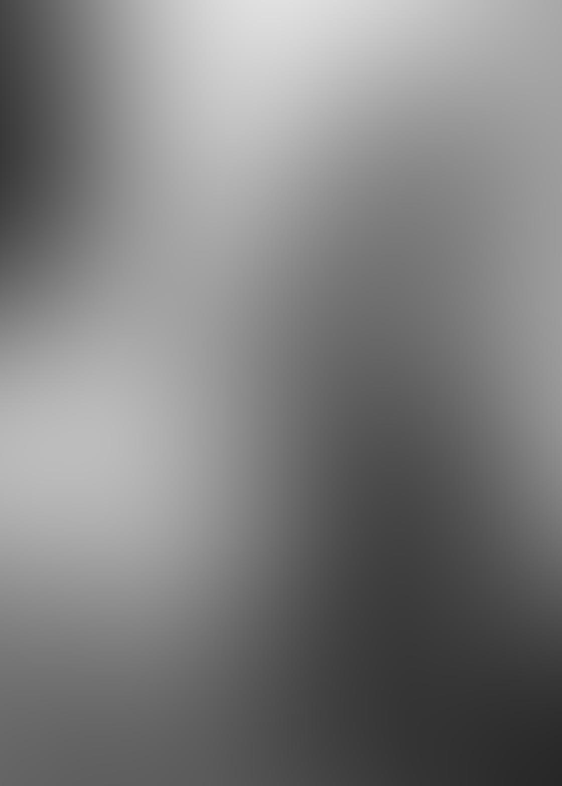 Black & White iPhone Portrait Photos 13