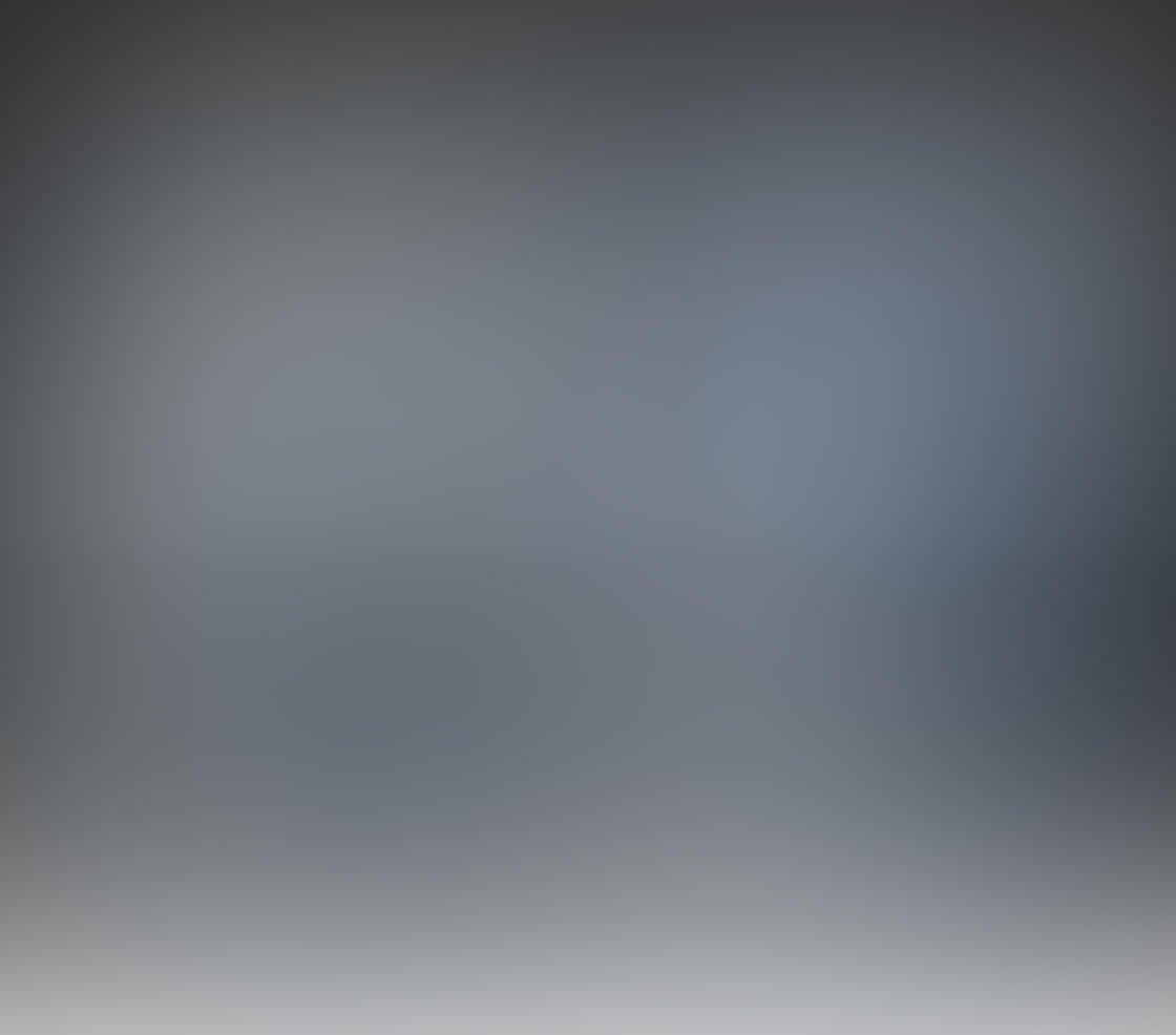 Black & White iPhone Portrait Photos 25