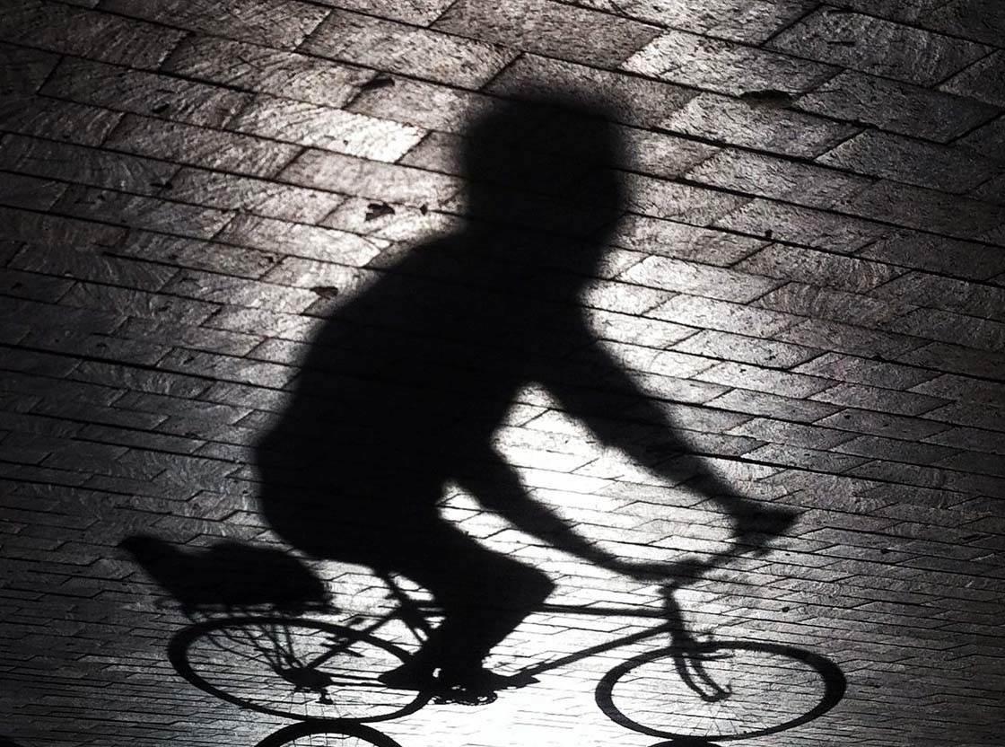 iPhone Photography Tips Shadows no script