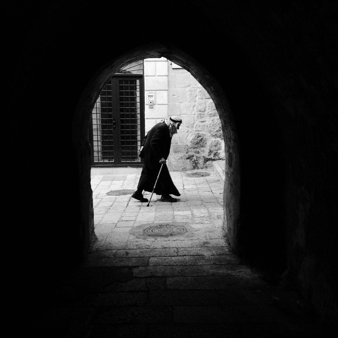 Black & White iPhone Street Photography 18