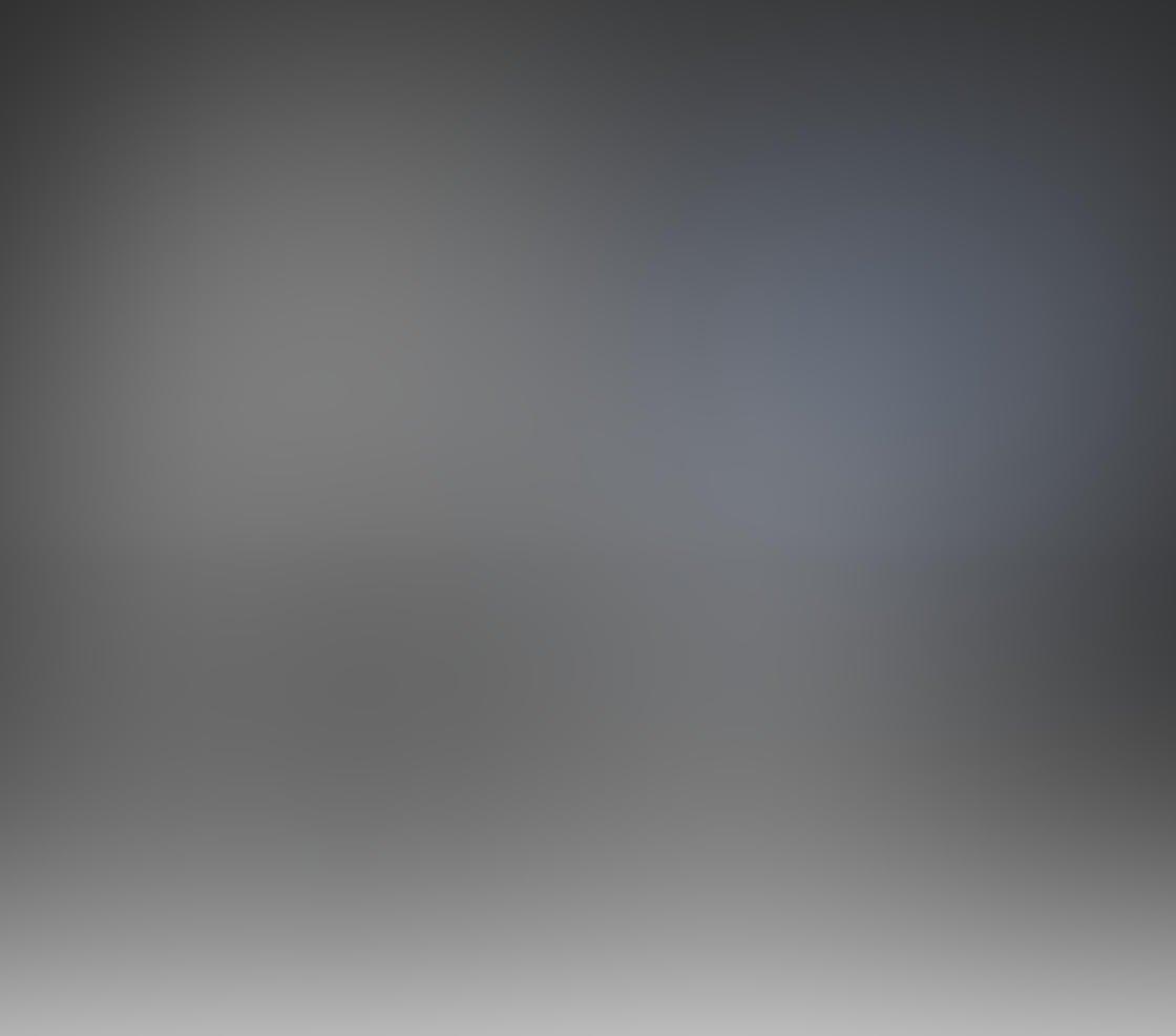 Black & White iPhone Portrait Photos 24