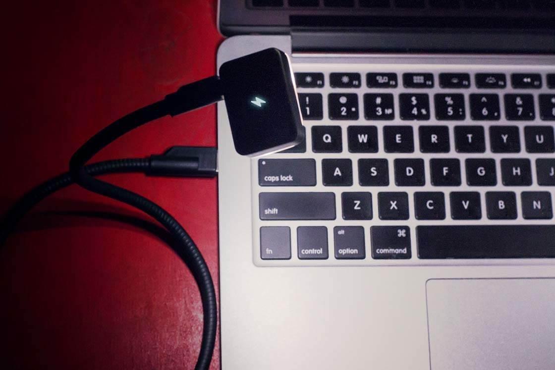 iBlazr iPhone Camera Flash 11 no script