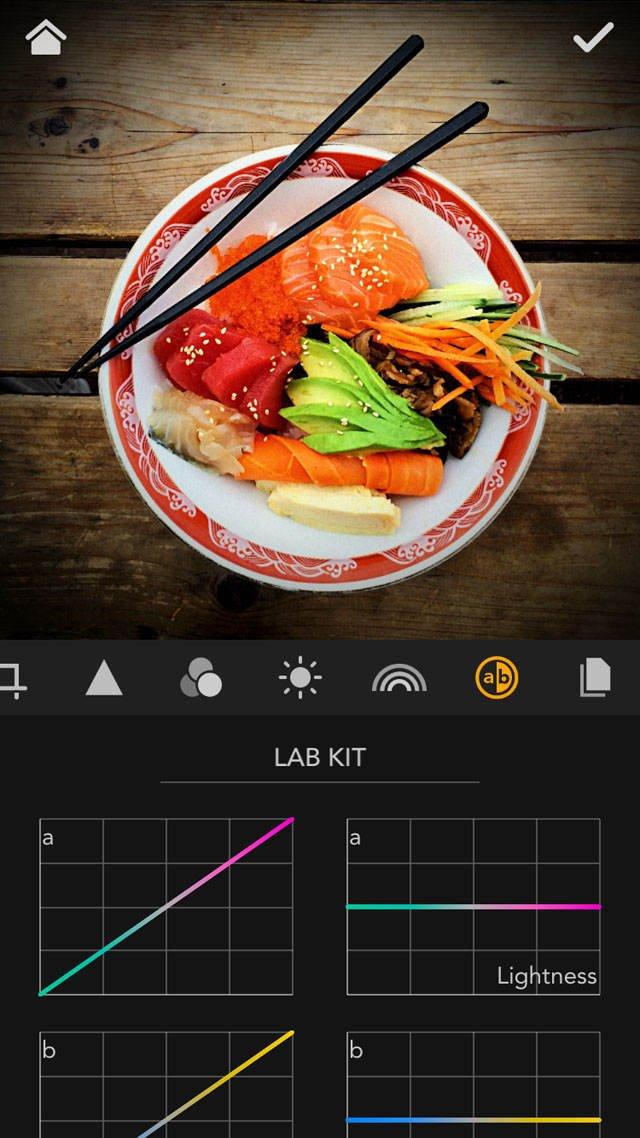 MaxCurve iPhone Photo App 8 no script