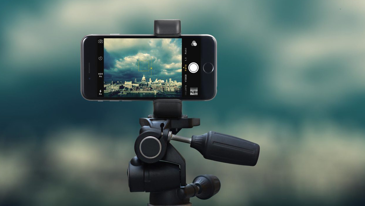 new arrival 5f570 a0f1b iPhone Tripod Mount Comparison: Pick The Best Tripod Mount For You