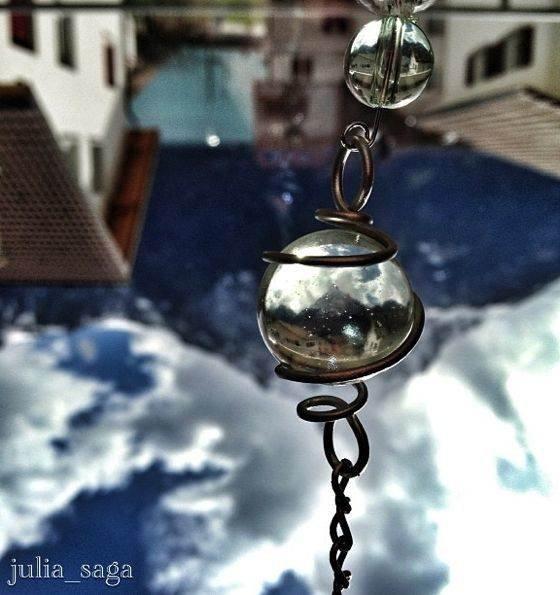 iPhone Reflection Photo 02 no script