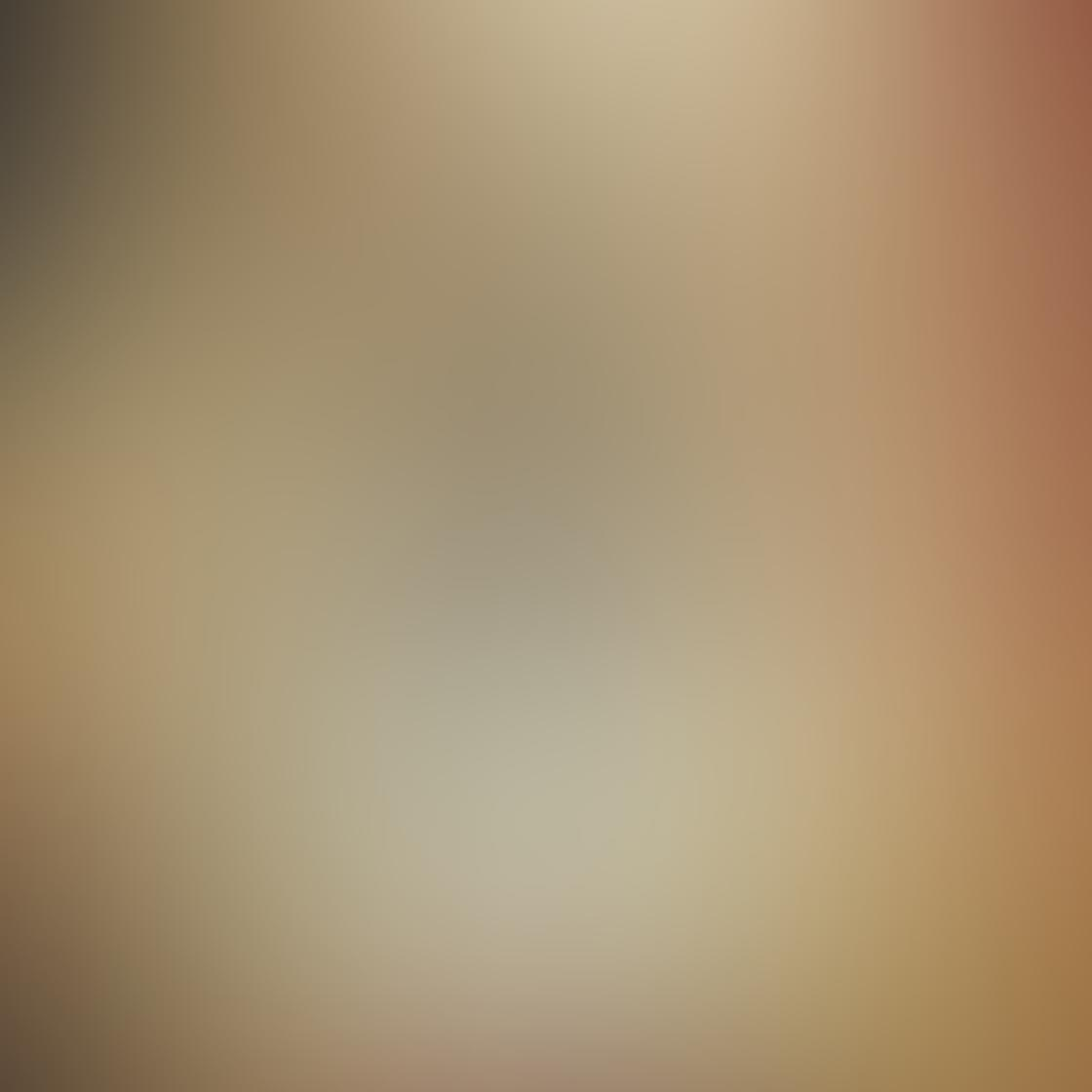 iPhone Reflection Photo 11