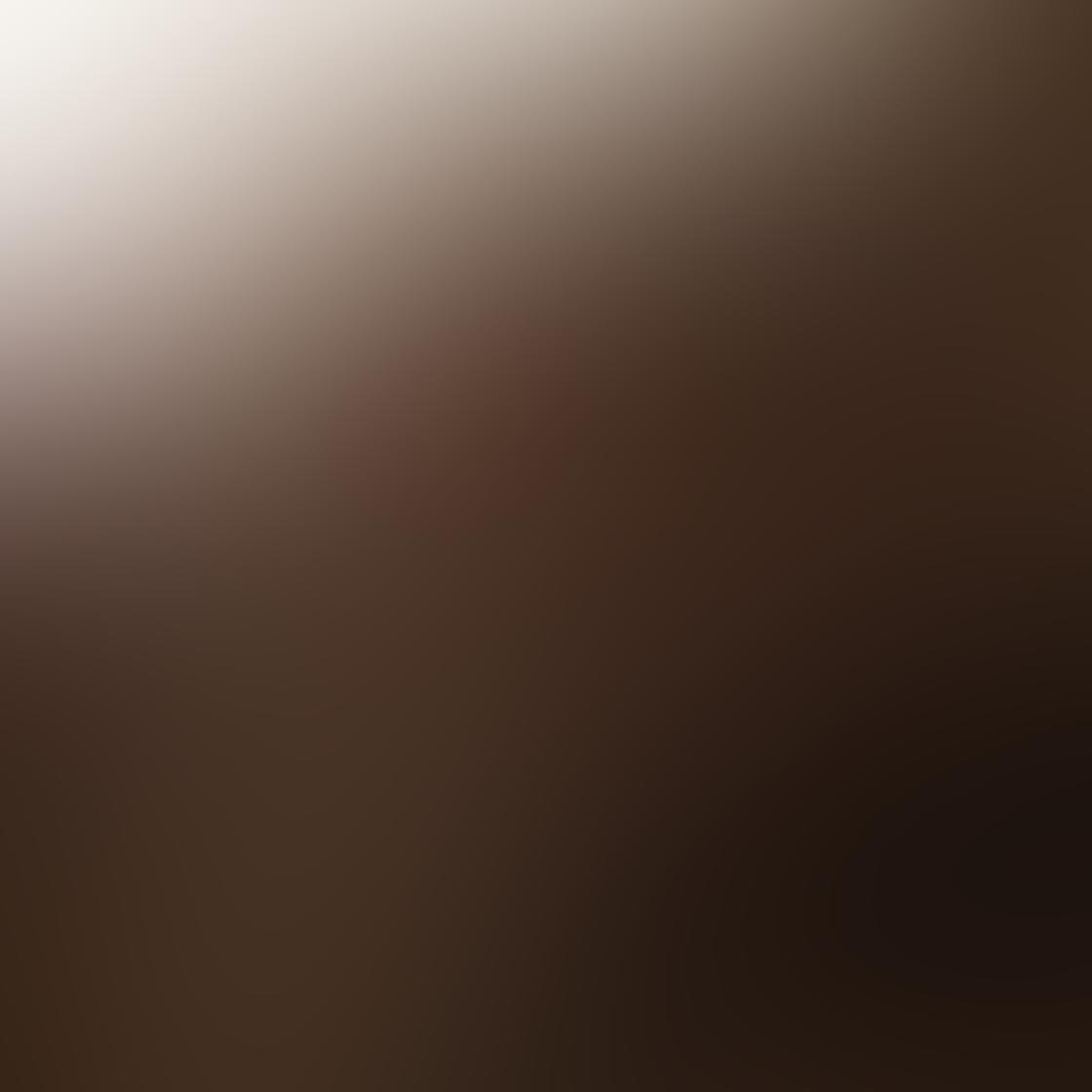 iPhone Monochromatic Photo 04