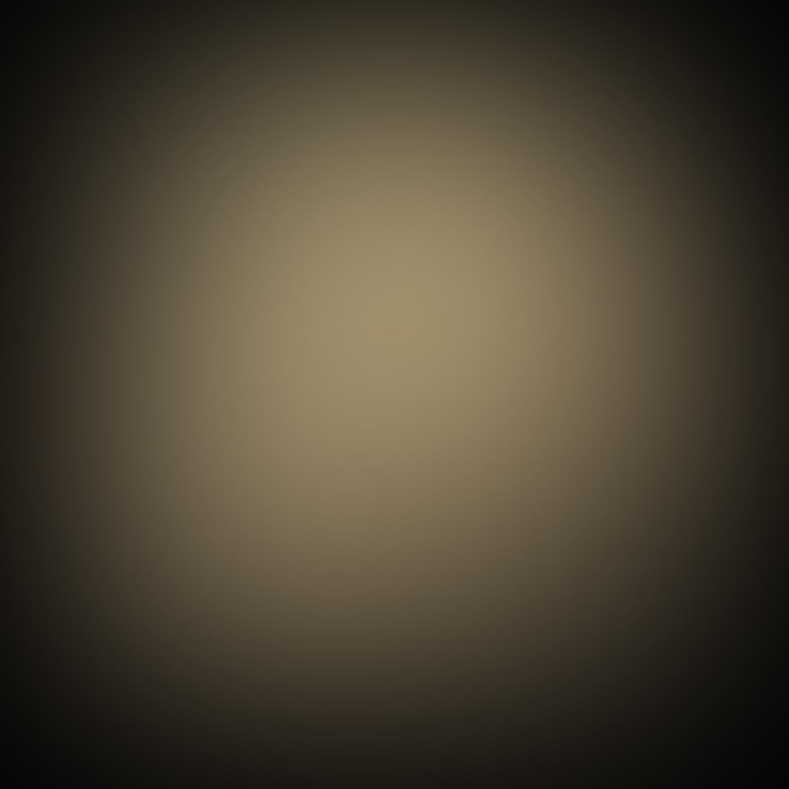iPhone Monochromatic Photo 05