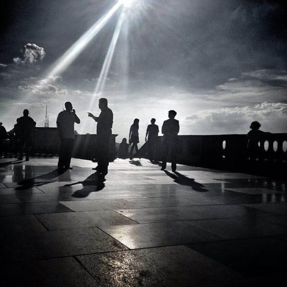iPhone Sun Photo 04 no script
