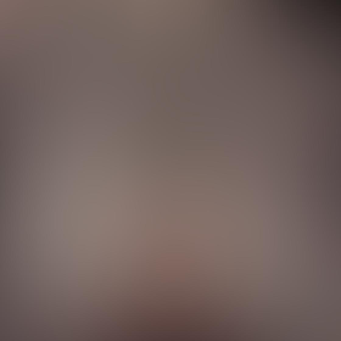 iPhone Angle Photo 21