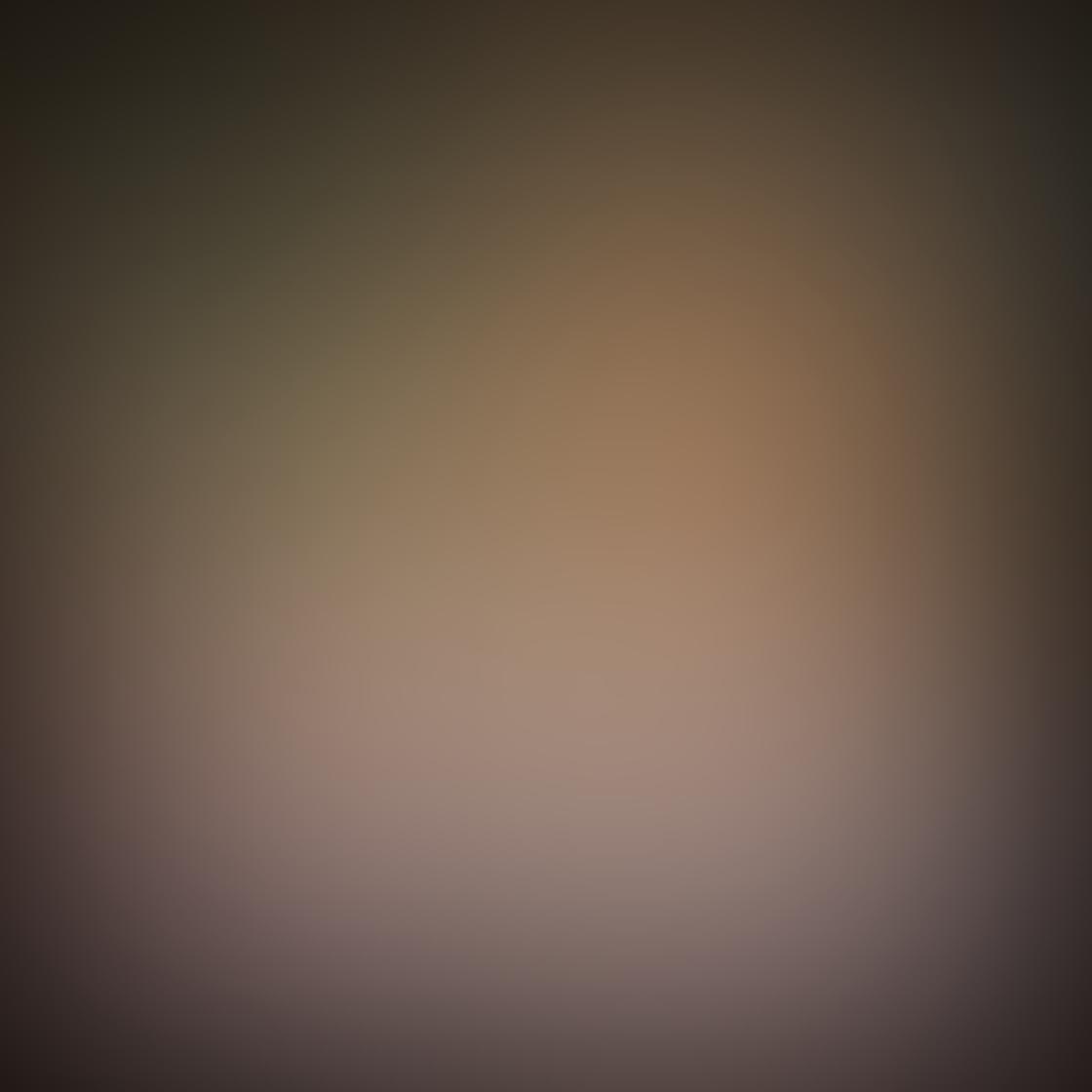 iPhone Angle Photo 19
