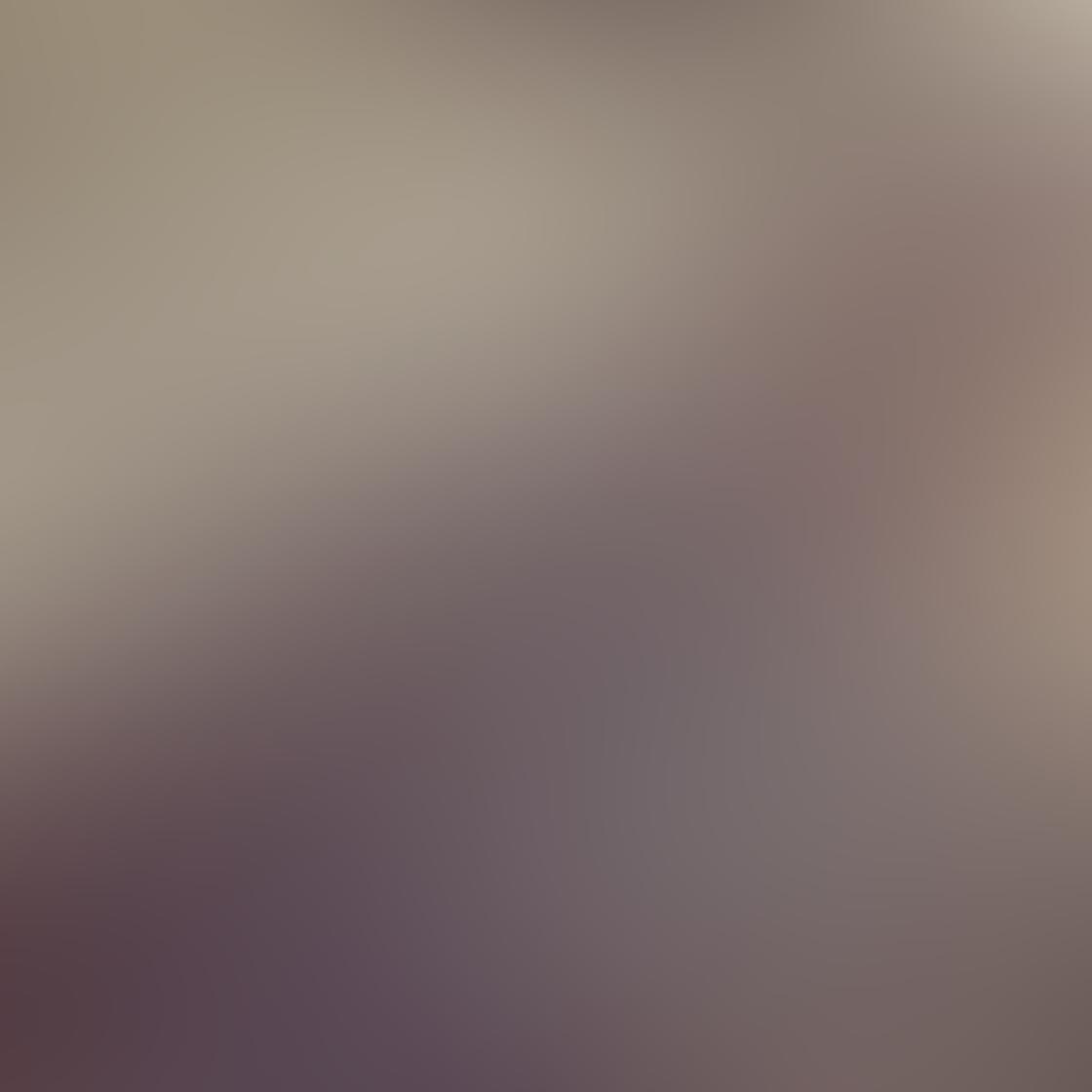 iPhone Angle Photo 14