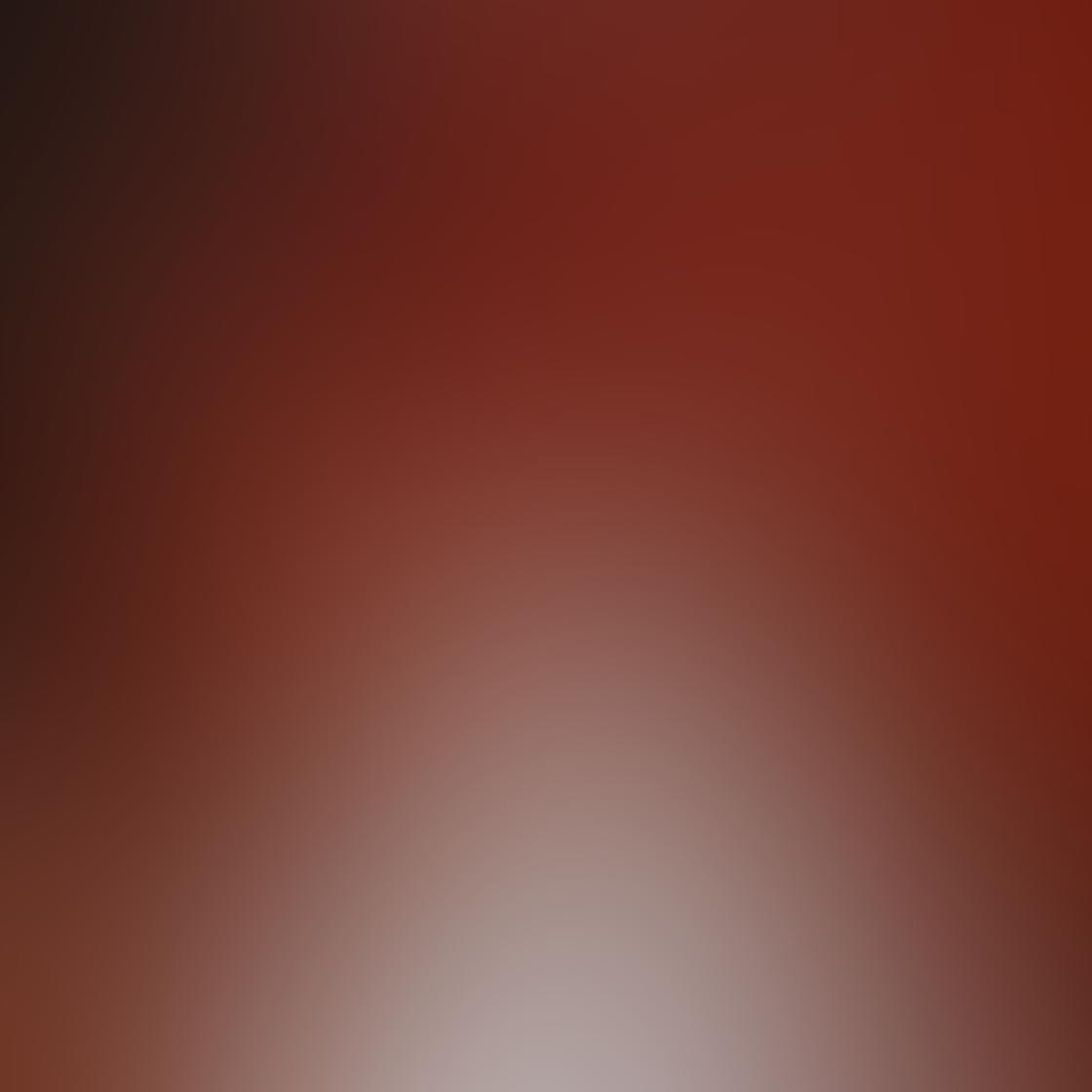 iPhone Angle Photo 08