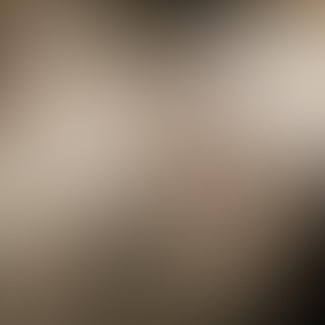 iPhone Angle Photo 07