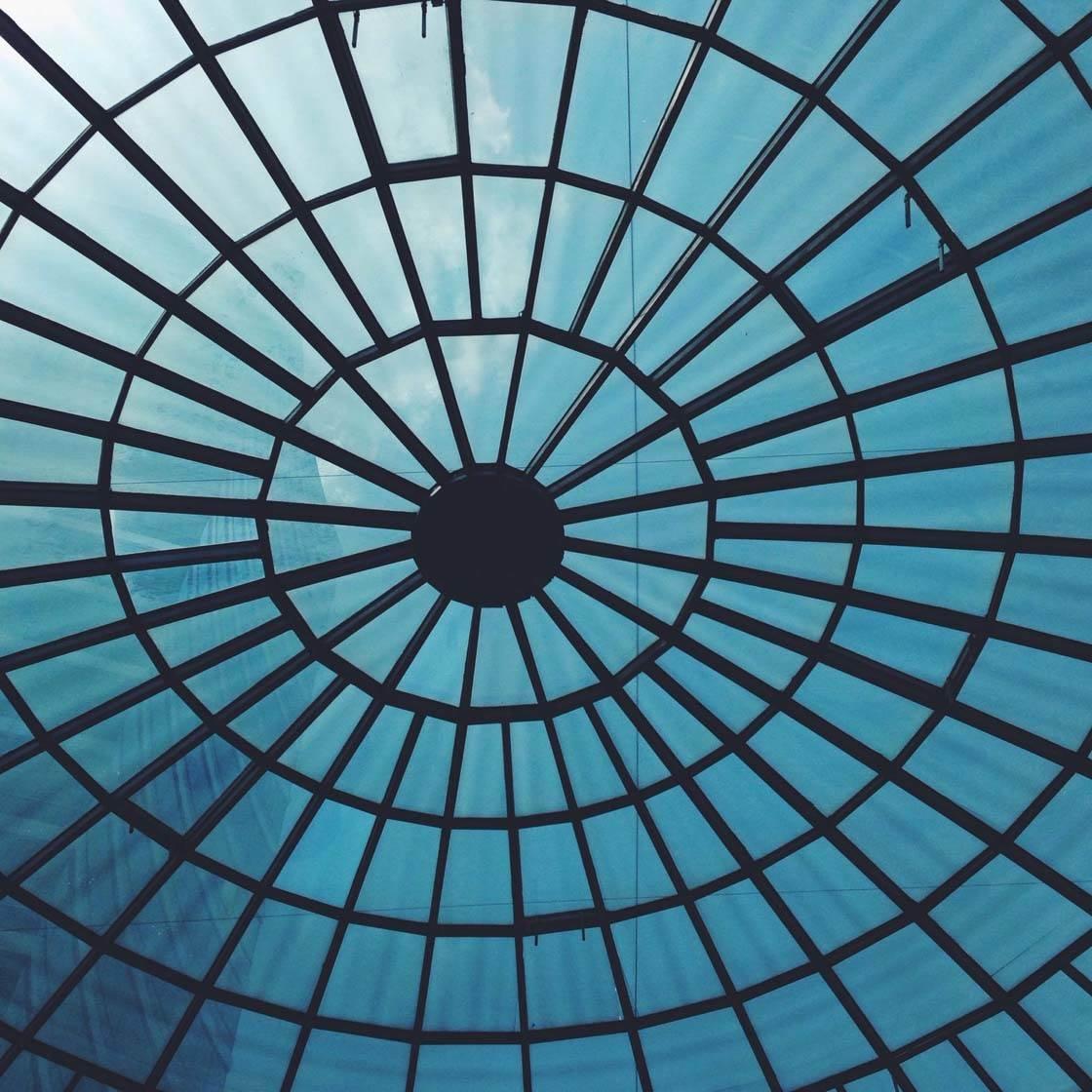 iPhone Abstract Photos 13 no script