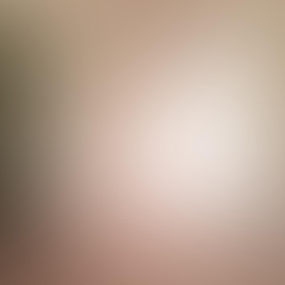 Karyn Teno iPhone Photos 15