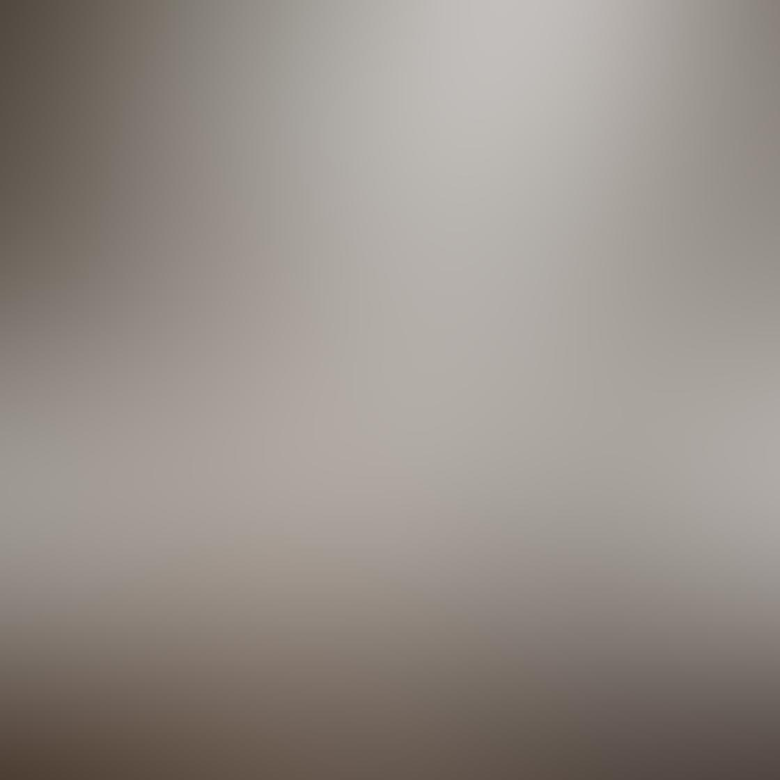Kelly Tan iPhone Photos 2