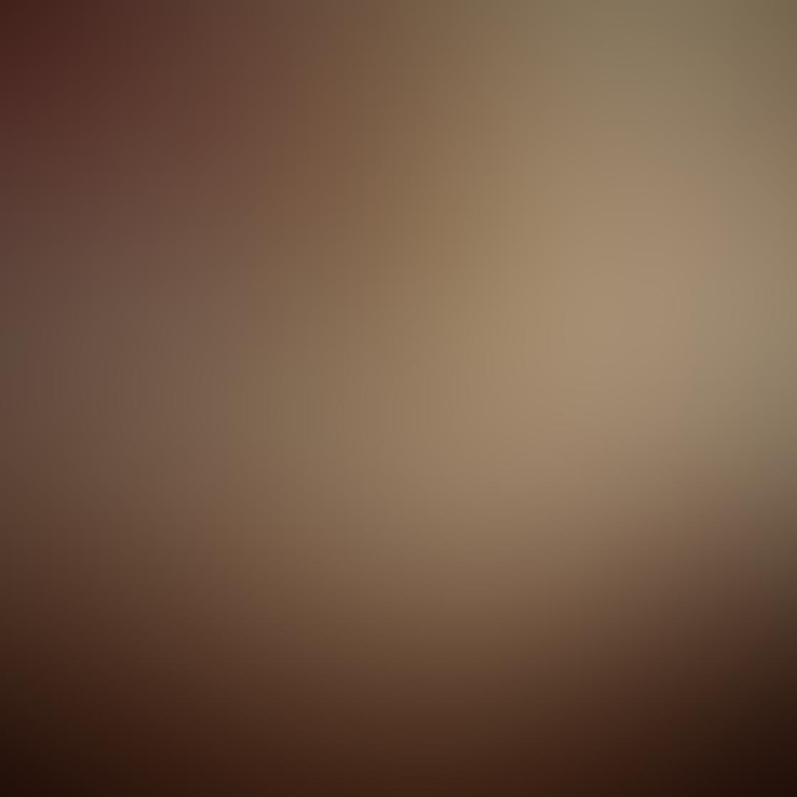 Kelly Tan iPhone Photos 14