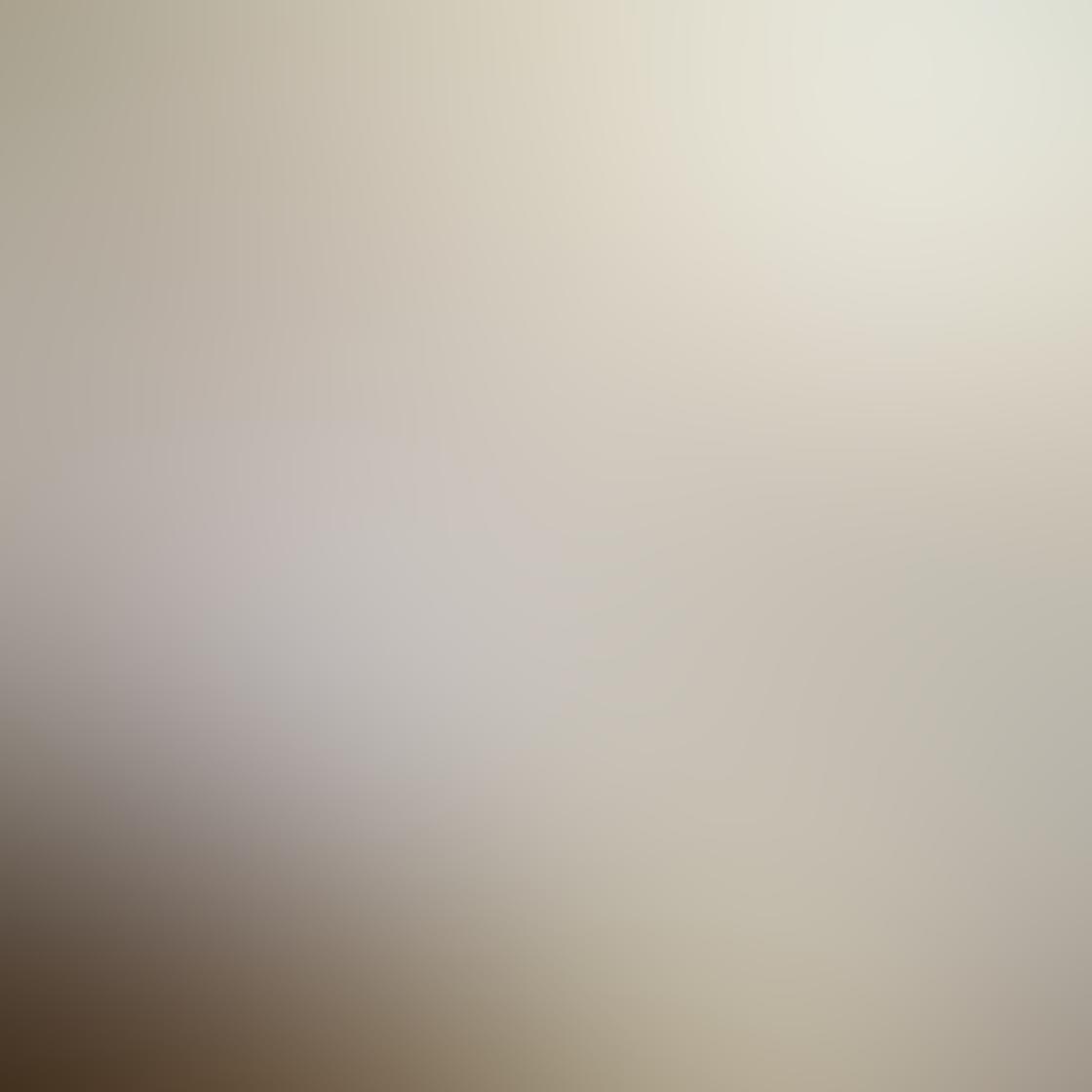 Kelly Tan iPhone Photos 11