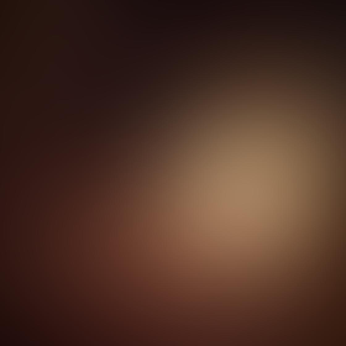 Kelly Tan iPhone Photos 17
