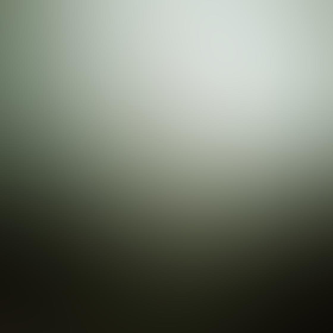 Kelly Tan iPhone Photos 4