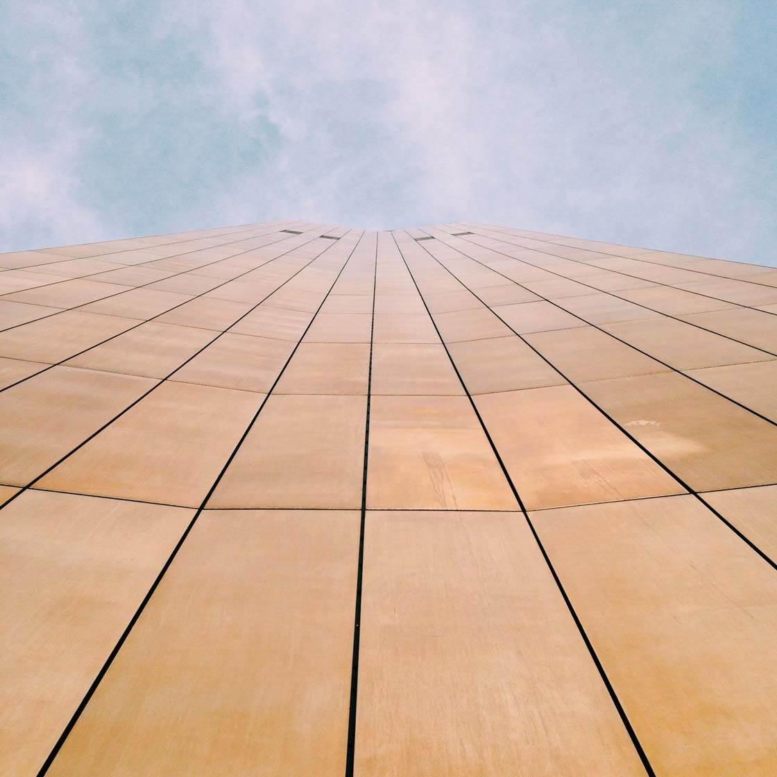iPhone Photo Buildings 9 no script